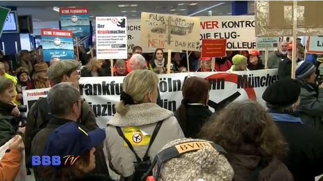 Zeitgleich fanden in Frankfurt, München, Düsseldorf, Leipzig weitere Inhouse Demos statt.