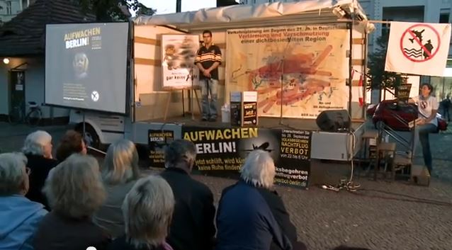 Themen diesmal:  10 Tage vor Schluss: Mehr als 100.000 Unterschriften für Volksbegehren gegen Nachtflug Oliver Igel an der Spitze: Köpenicker Politiker sammeln am 22.09. Unterschriften für Nachtflugverbot Fluglärmgegner Hans […]