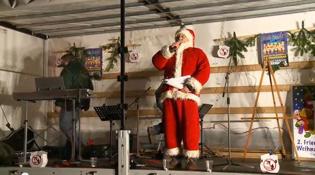 Julia Axen, Andrea Timm, Liese Reznicek und Peter Waschinsky sangen mit über 1000 Teilnehmern auf dem Marktplatz von Friedrichshagen bekannte Weihnachtslieder. Vom Turm der Kirche spielte das Turmbläserquartett. Sehr stimmungsvoll […]