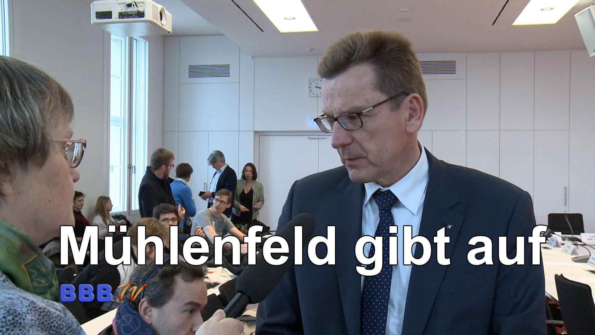 Der Vorsitzende der Geschäftsführung der FBB, Karsten Mühlenfeld, gibt auf. Wie er BBB TV in einem Interview mitteilte, könne er die Verschiebung der Flughafeneröffnung auf das Jahr 2070 nicht mehr […]